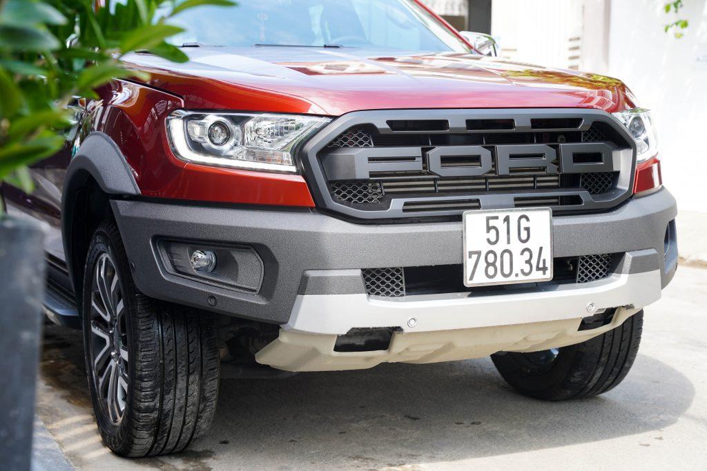 Ford Everest độ Bodykit Raptor tại Panther4x4