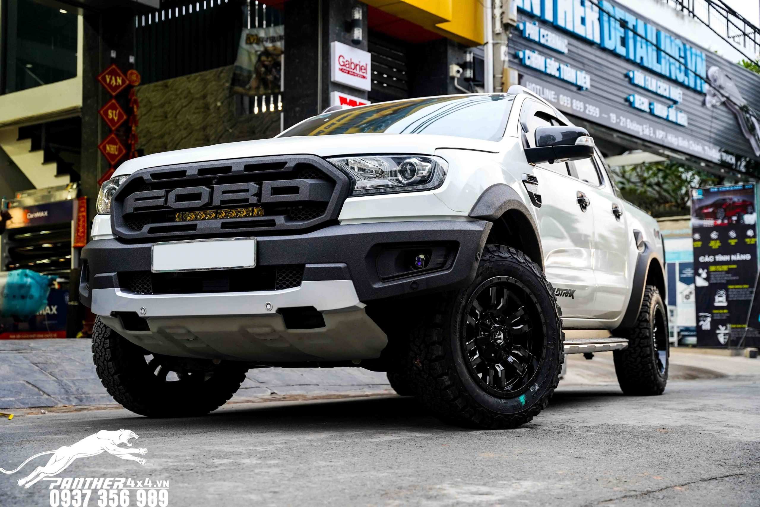 Ford Ranger Raptor có hoán cải không?Đây là một câu hỏi của rất nhiều chủ xe khi đăng ký dịch vụ hoán cải xe bán tải. Mời các chủ xe cùng tìm hiểu bài viết phía bên dưới để hiểu hơn nhé!